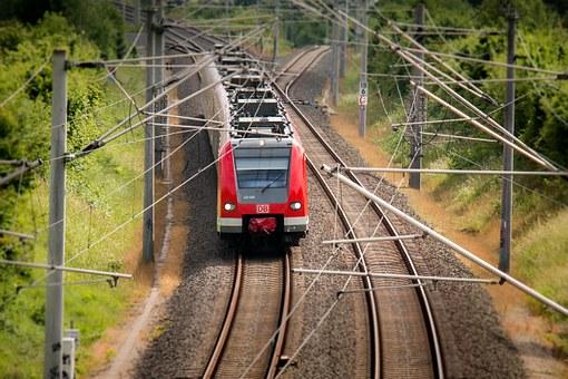 Vlaky Náchod